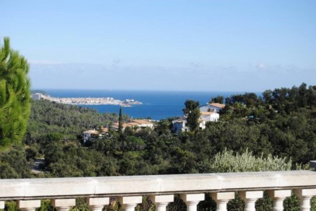 Villa de lujo mansion espa a girona girona alquiler - Campings de lujo en espana ...